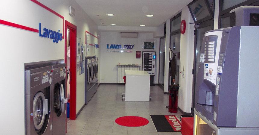 Lavanderia self service lavapi bresso milano lavanderia for Lavanderia self service catania